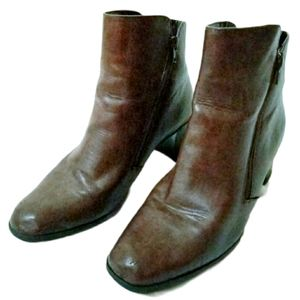 Cloudwalkers Brown Square Toe Booties Size 9.5